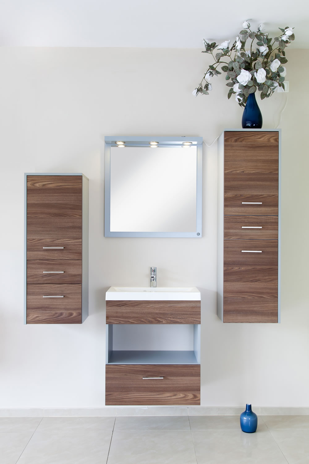 Modern bathroom cabinets the cabinet shop auckland for Cabinets and vanities
