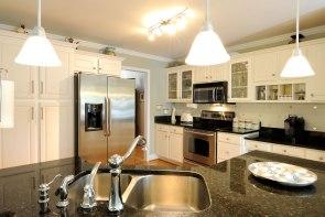 kitchen - classic design in cream